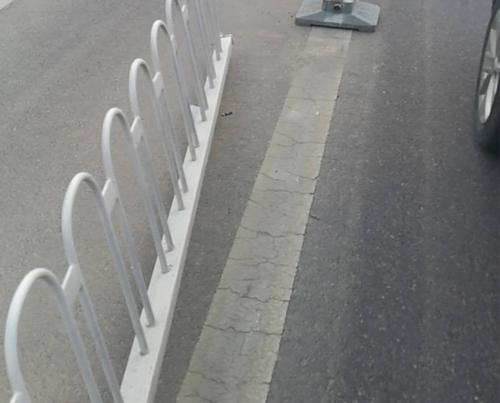 咸阳道路护栏施工